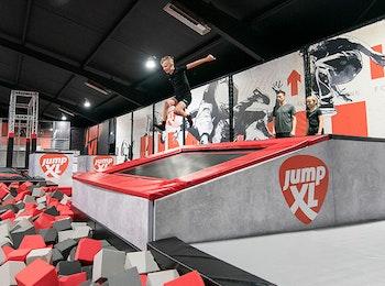 Bezoek Jump XL Trampoline Parks
