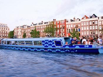 Geniet van The Amsterdam Canal Cruise met live gids!