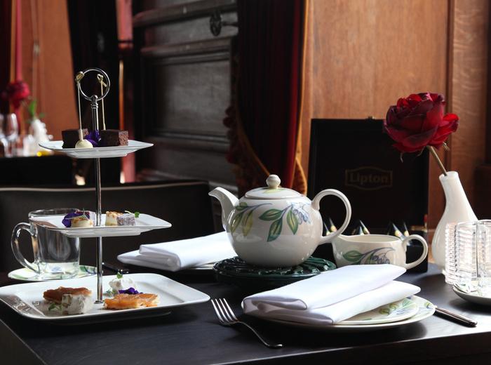 Korting Heerlijke high tea bij één van de ruim 100 Fletcher Hotels Den haag