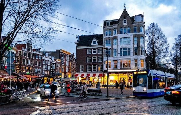 Ontdek diverse steden met een interactieve speurtocht voor 2 tot 6 personen