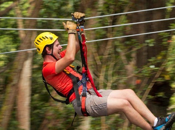 Kom klimmen bij adventurepark Zips & Ropes!