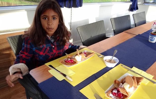 Rondvaart op het Zander Passagiersschip, inclusief hotdog of pannenkoeken