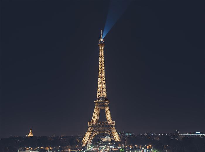 Korting Ontdek de meest unieke plekken van Parijs met een segway tour!