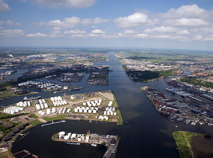 Korting Havenrondvaart Amsterdam, inclusief High Wine of High Beer Ijmuiden