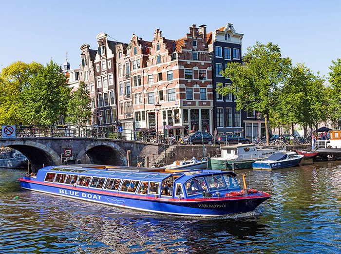 Korting Entreeticket City Canal Cruise door Amsterdam