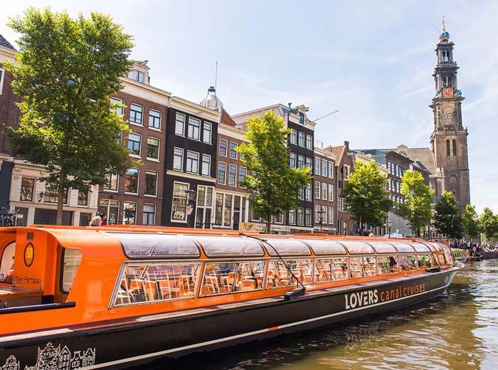 Korting Rondvaart Amsterdam met Rederij Lovers