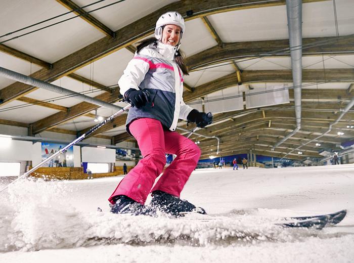 Ski�n, snowboarden en heerlijk eten bij indoorskibaan Alpincenter Bottrop