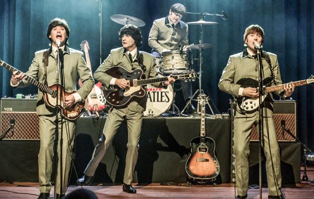 Waanzinnig optreden van The Cavern Beatles,  een eerbetoon aan The Beatles!