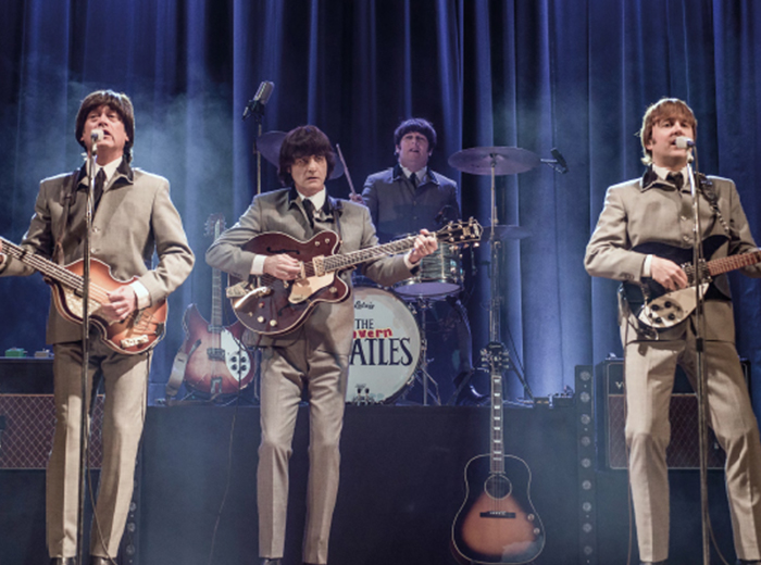 Optreden van The Cavern Beatles in het World Forum...