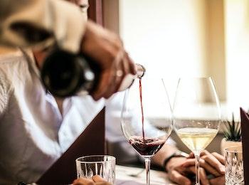 Thuisbezorgd of afhalen: wijnpakket van Entrada Wijnimport